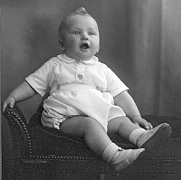 Me aged 6 months, June 1944
